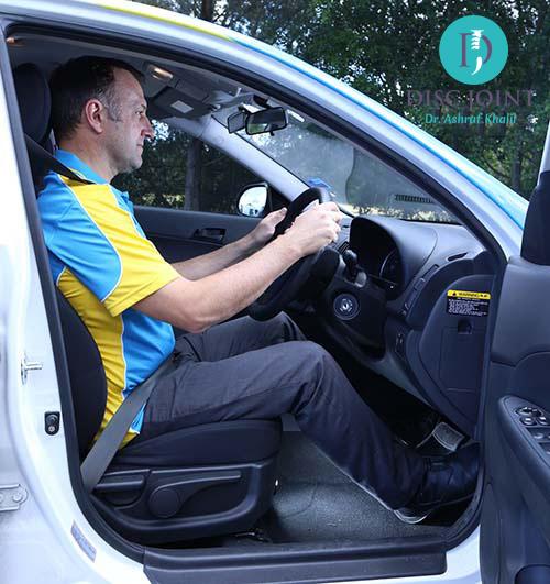 الجلوس اثناء القيادة