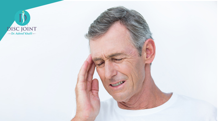 اعراض الصداع النصفي المزمن